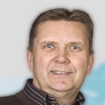 Yövieras: Pertti Tapola palaa metsään