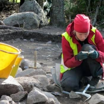 Jokapaikan Reetta: Arkeologisella kaivauksella