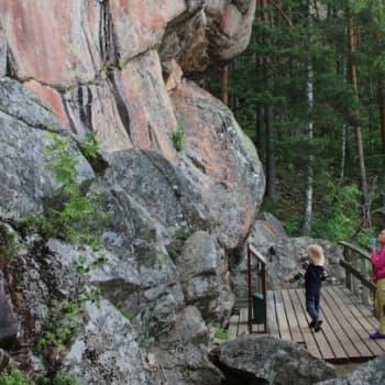 Luontoretki.: Astuvansalmen kalliomaalaukset