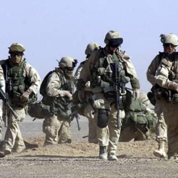 Maailmanpolitiikan arkipäivää: Afganistanin sodan alasajo