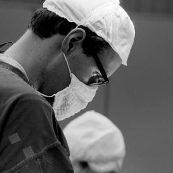 Vartalonmuotoilukirurgian kysyntä kasvussa