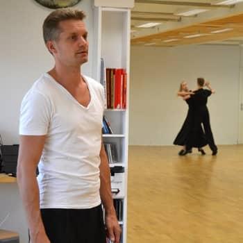 Yövieras: Mikko Ahti voitti ujouden tanssimalla