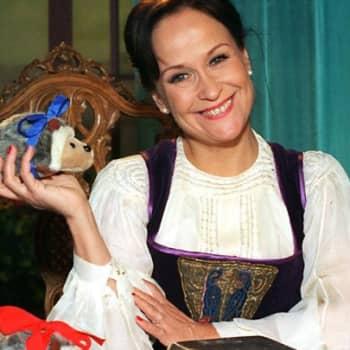 Taiteilijaelämää: Näyttelijä ja laulaja Sinikka Sokka
