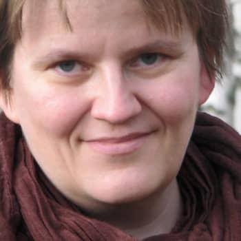 Viikon kirja: Kirjailija Anne Leinonen: Viivamaalari
