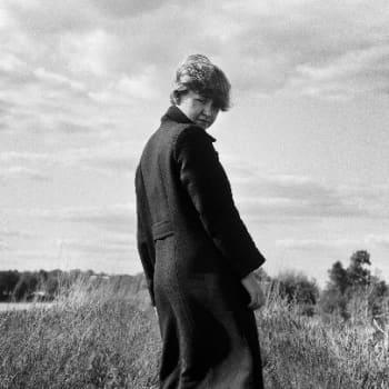 Taiteilijaelämää: Laulaja, lauluntekijä Aino Venna