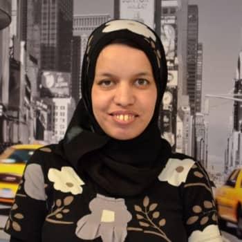 Uussuomalainen: Itsenäinen algerialainen nainen