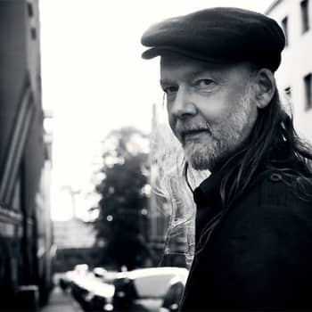 Taiteilijaelämää: Rockmuusikko Tuomari Nurmio