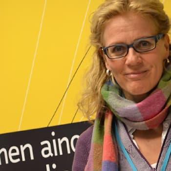 Puheen Iltapäivä: Talkshow Bettina Sågbomin tapaan