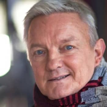 Viikon kirja: Kirjailija Hannu Väisänen ja Nadja Nowak keskustelevat romaanista Taivaanvartijat
