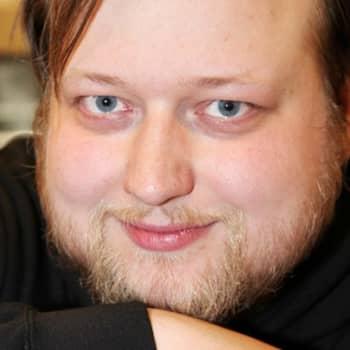 Taiteilijaelämää: Teatteriohjaaja Lauri Maijala