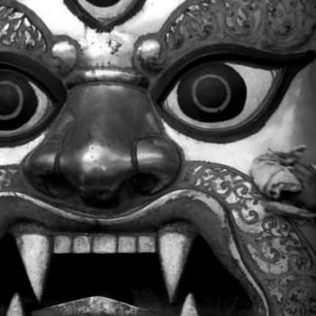 Kathmandu, ilon ja jumalien kaupunki (1961)