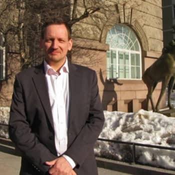 """Eläinmuseon uumenissa - 10 miljoonan eläinnäytteen """"kirjastossa""""."""