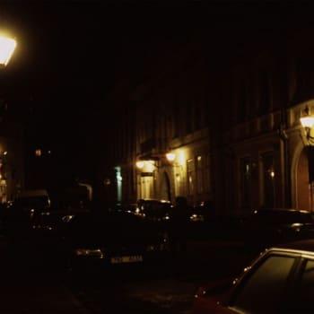 Teemaillat: Dekkari-ilta 11.12.2011