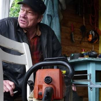 YLE Kainuu: Mustan Seppo ja moottorisaha