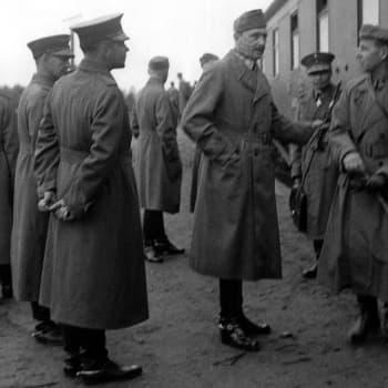 Kenraali Ehrnrooth muistelee Mannerheimia (1993)