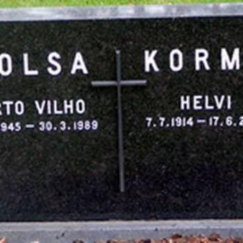 Jalkapalloilija Arto Tolsan haudalla