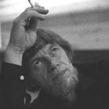 Valtion elokuvapalkinnot ja elokuvan laatutuki jaettu. Spede Pasasen haastattelu (1975)