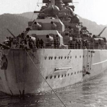 Panssarilaiva Tirpitzin vaiheet (1954)