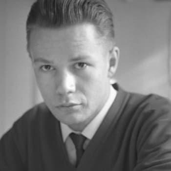 Radiopersoona: Markus Similä 2/11: Radioura urkenee