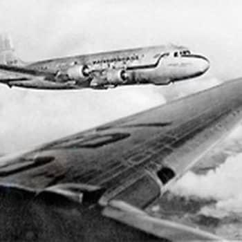 Jäätikön yli lämpimään länteen. Kööpenhamina - Los Angeles lento (1954)