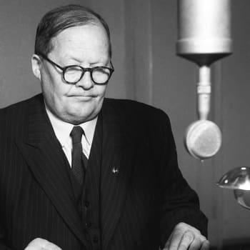 YYA-sopimuksesta neuvottelevan valtuuskunnan kokoonpano määrätty. Pääministeri Mauno Pekkalan puhe (1948)