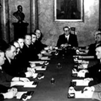 Pääministeri K.A. Fagerholmin radiopuhe lakon johdosta (1949)