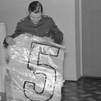 Lentäjä-ässä Jorma Sarvanto (1940)