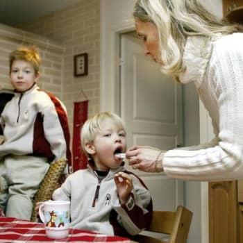 Teemana terveys: Lasten lääkehoito on vanhempien vastuulla