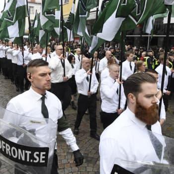 Varför växer fascismen idag?
