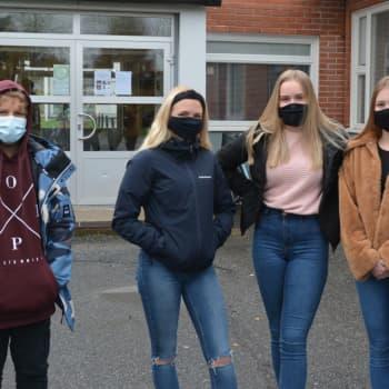 Nu gäller munskydd i skolan