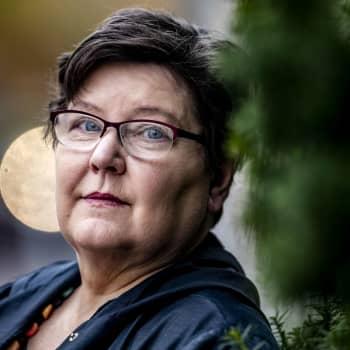 Carina Nynäs - konstnären som hela sitt liv har tagit ansvar för människor i sin omgivning