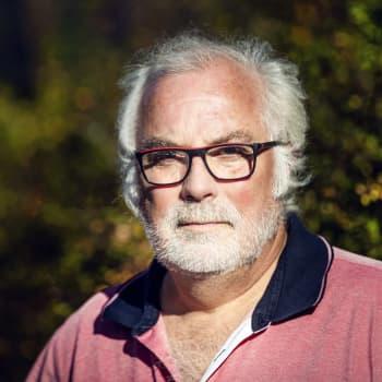 Johan Hollsten - från västanfjärdpojke till arrangör för globala artister