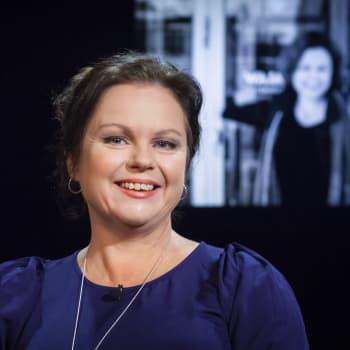 Teaterchefen och författaren Ann-Luis Bertell: Spion är mitt riktiga yrke