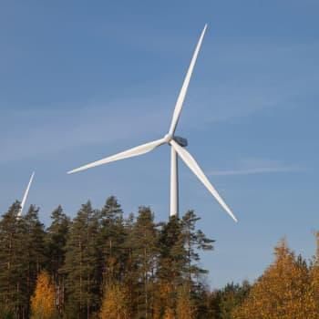 Piiparinmäen tuulivoimapuisto valmistumassa kovaa vauhtia