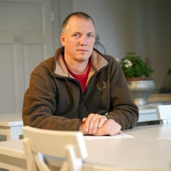 Niklas Nordblad från Ingå var med då stenblocket som Viking Amorella körde på sprängdes