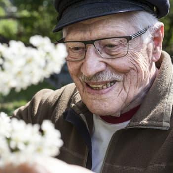 Oululainen Jouko Korhonen, 98, kertoo kevään 1944 Operaatio Kalevasta syvällä vihollisen alueella