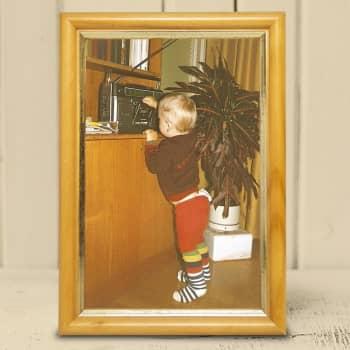 Lapsi talossa -ilta, osa 1