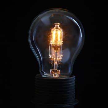 Valaistuksella luodaan tunnelmaa, mutta myös työhyvinvointia: Miten etätyöpiste tulisi valaista?