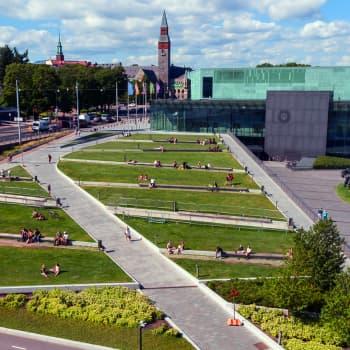 Osmo Soininvaara puhuu kaupunkien puolesta: Monet uudet elinkeinot kehittyvät vain kaupungeissa ja lisäksi siellä on kivaa