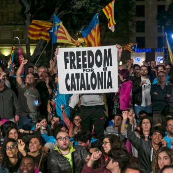 Ykkösaamu: Professori Pauliina Raento: Perustuslain mukaan Espanja on jakamaton kokonaisuus - Katalonian autonomia voi olla nyt vaarassa