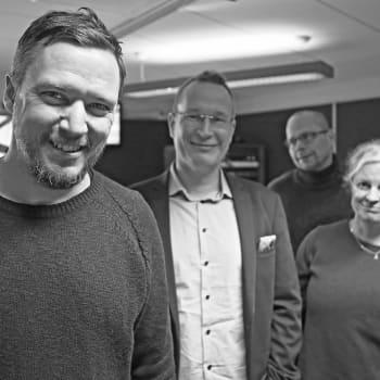 YLE Turku: Kallen Kantapöytä: Naming and shaming