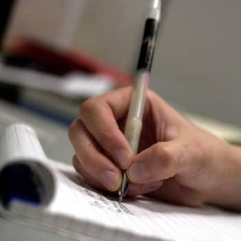 Därför är det så viktigt att skriva bra - experterna motiverar till goda färdigheter i modersmål