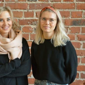 Ida-Sofie Asplund och Linnea Törnvqist har startat egen plastinsamling