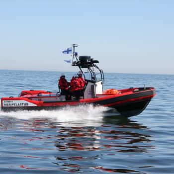 """Sjöräddare Kristian berättar om en rekordlivlig sommar till sjöss: """"Jag har aldrig sett så många båtar ute samtidigt"""""""