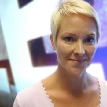 YLE Helsinki: Konkaritoimittajat palkitsivat Ylen aikaisen ja Tiina von Martensin