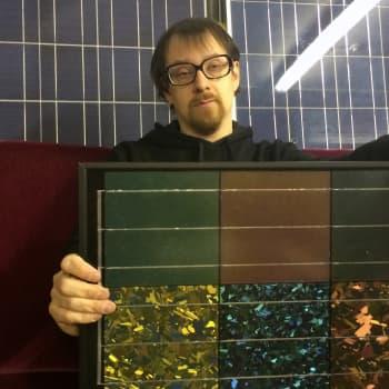YLE Helsinki: Janne Käpylehdon kerrostaloasunnon sähköt syntyy aurinkovoimalla: halpaa ja ekologista