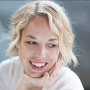 Newyorkilaistunut graafikko Lotta Nieminen tekee töitä huippubrändeille: Opin puhumaan omista töistäni myönteiseen sävyyn