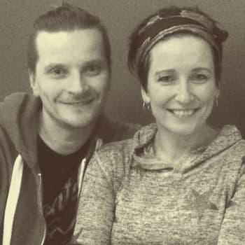 Radio Suomi Kuopio: Facebook-paasto toi pariskunnalle lisää läsnäoloa arkeen