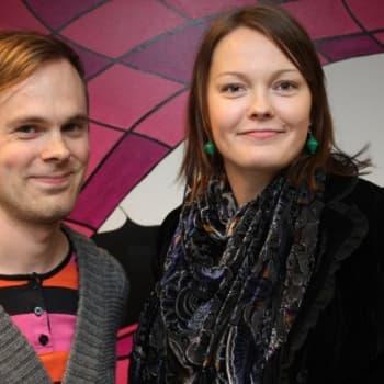 Vieraana Aero-yhtyeen Henna Jokela ja Mikko Lohenoja