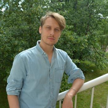 Laulaja, lauluntekijä Topi Latukka tekee uutta musiikkia ja lupaa Softenginen palaavan